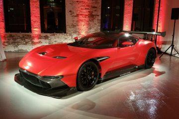 Aston Martin Vulcan (2)