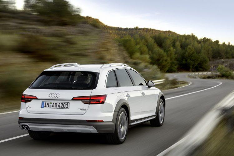Audi A4 allroad quattro 2016 (16)