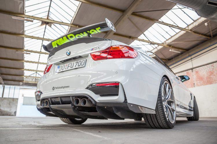 BMW M4 CFD 2016 (10)