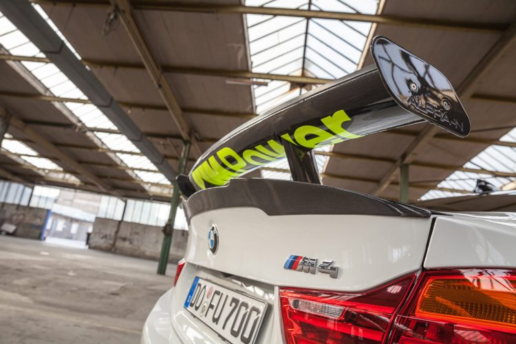 BMW M4 CFD 2016 (13)