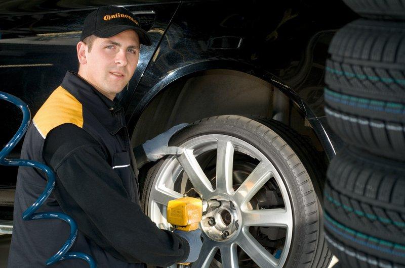 Der richtige Zeitpunkt des Reifenwechsels ist entscheidend.