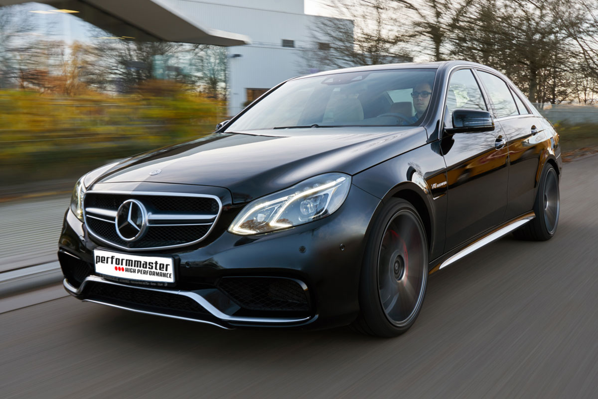 E63-AMG_driving