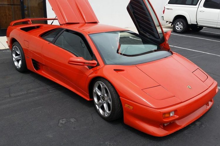 Lamborghini-Diablo-V8