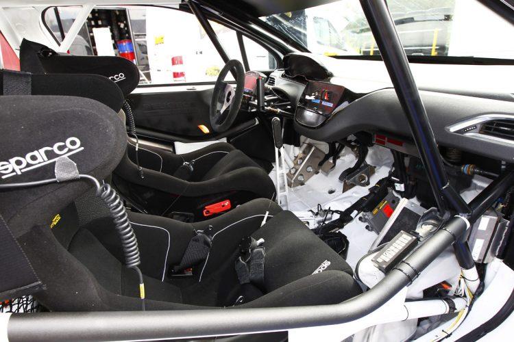 Peugeot 208 R2 (8)