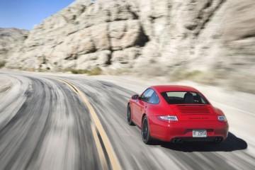 Porsche-911-GTS-Driven-(11)