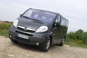 Opel Vivaro (1)