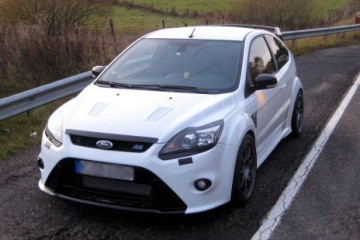 Ford-Focus-RS-Raeder-2009-(
