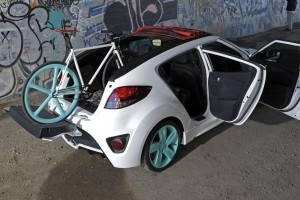 Hyundai-Veloster-C3-Roll-To