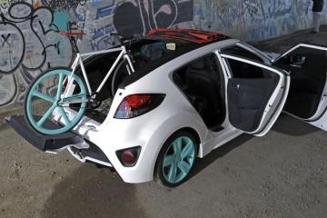 Hyundai-Veloster-C3-Roll-To