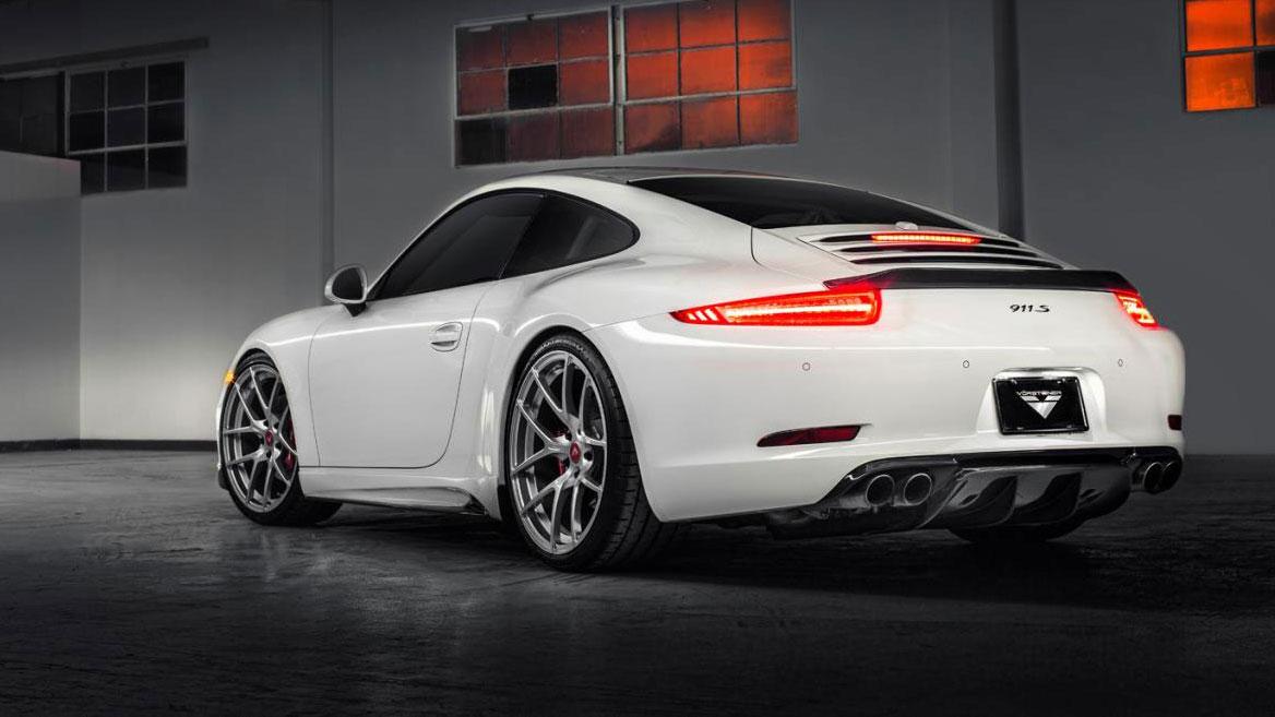 Porsche-911-991-Vorsteiner-