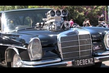 Video: 1969er Monster-Mercer mit Kompressor-V8