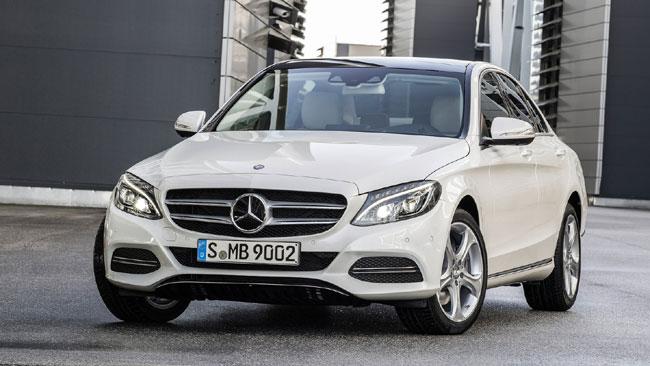 Mercedes-Benz-C-Class_2015_