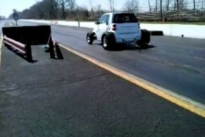 Video: Smart-Dragster mit Chevy-V8