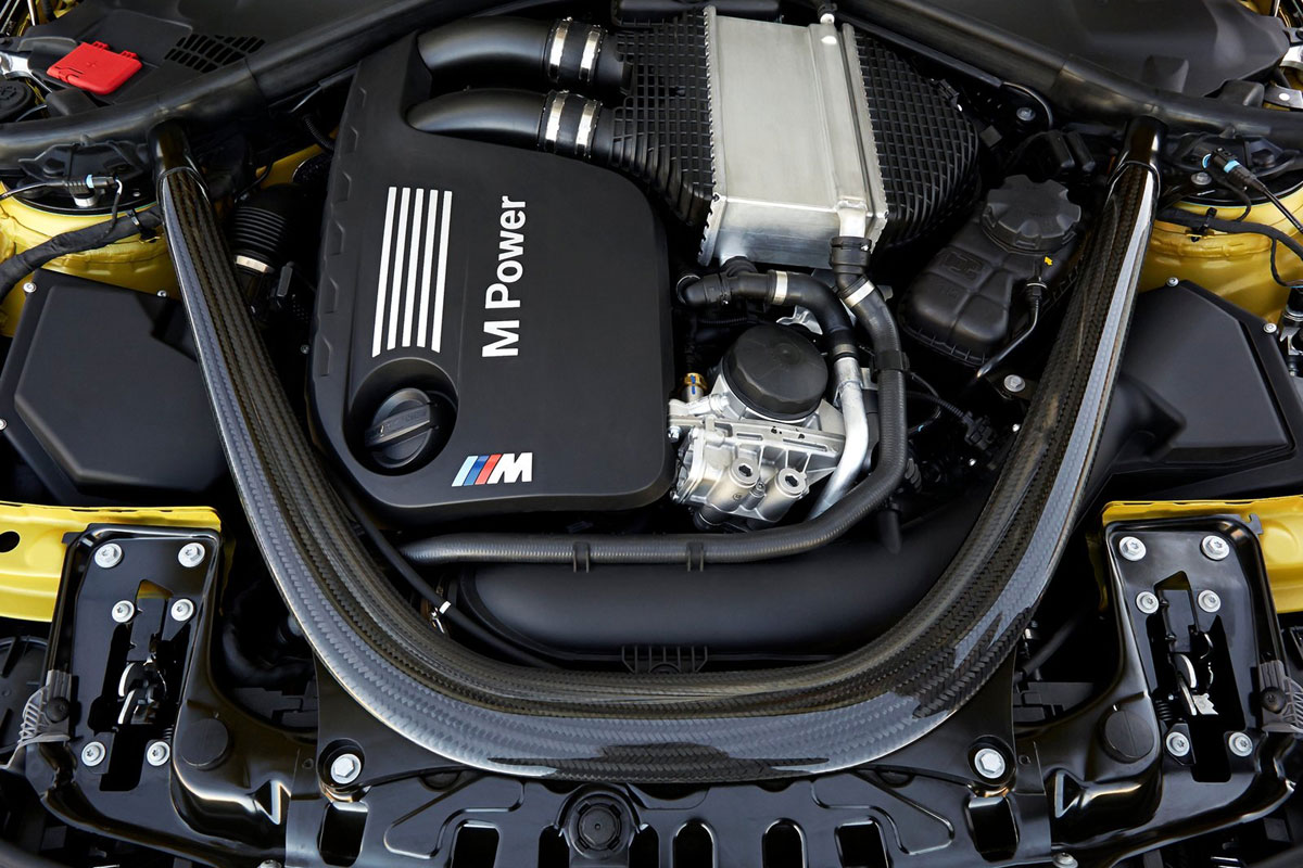 BMW-M4-Coupe-(46)