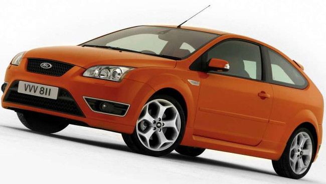 Ford-Focus_ST_2006_800x600_wallpaper_05