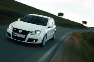 Volkswagen-Golf_GTI_2004_teaser HP 16zu9