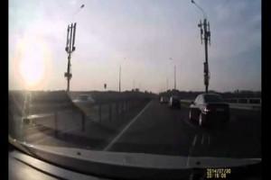 Video: Das wohl spektakulärste Crash-Video des Jahres