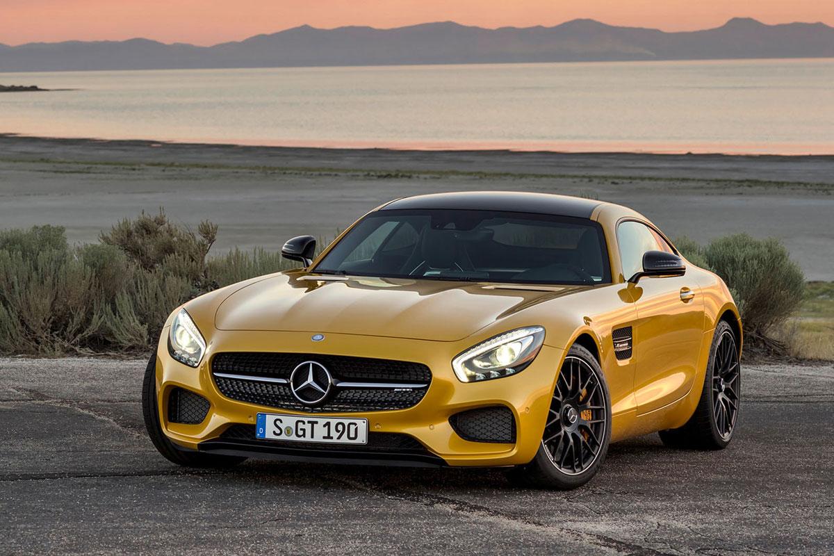 Hier zum Vergleich noch mal der serienmäßige Mercedes AMG GT.