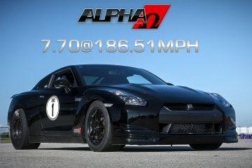 Video: Alpha Omega GT-R mit 7,7 sek. auf der Viertelmeile