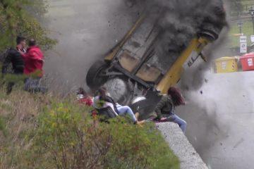 Video: Mächtig Glück bei Rallye-Unfall