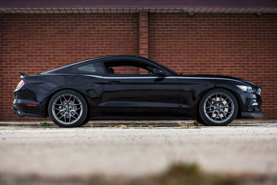 Ford-Mustang-RTR-4