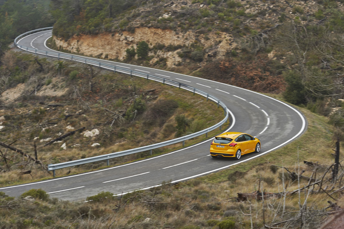 Ford Focus ST 2015 (16)