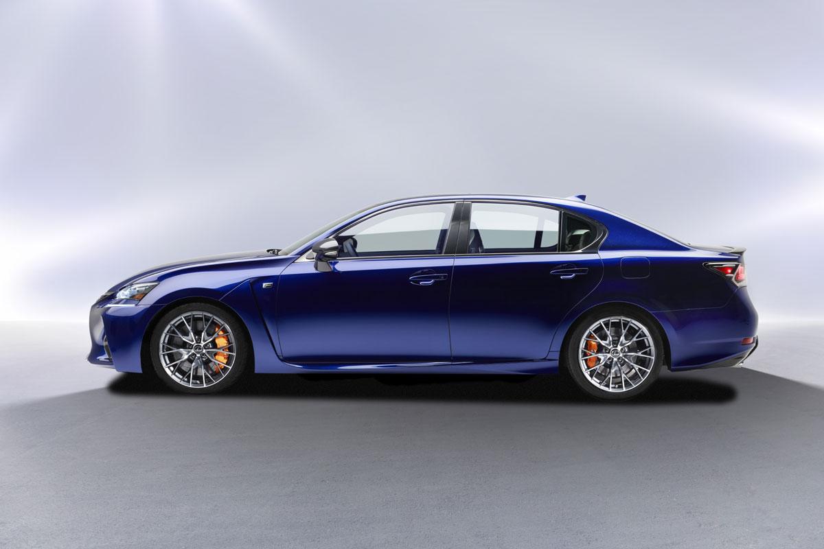Lexus-GS-F-(9)