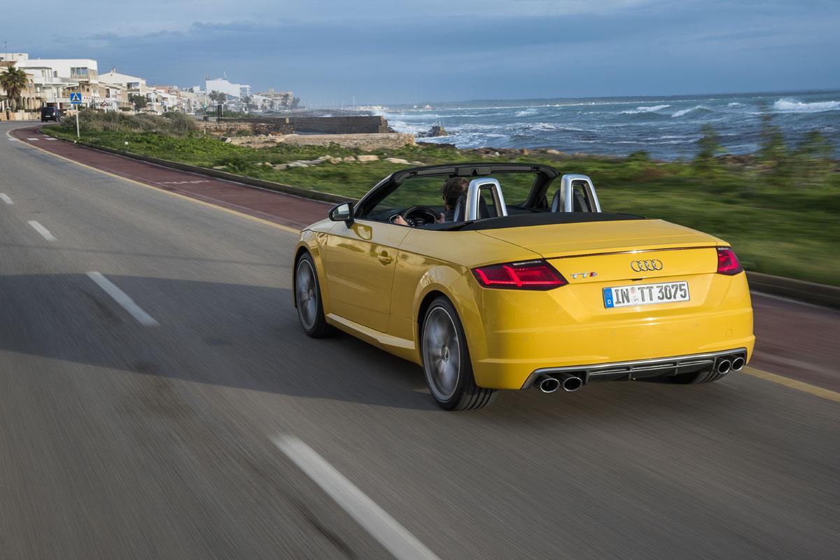 Audi TTS Roadster Test