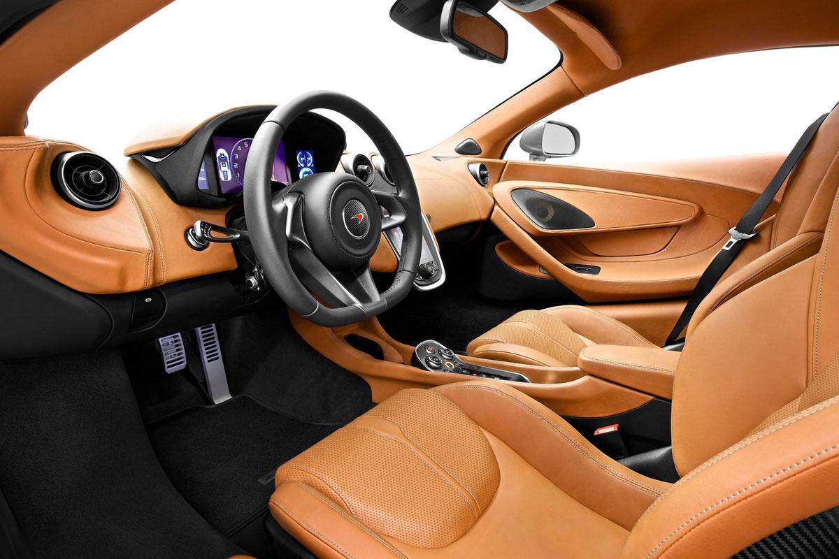 McLaren-570S_Coupe-(26)