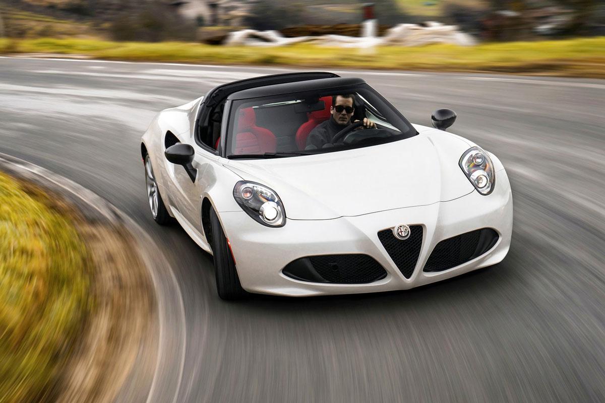 Alfa-Romeo-4C-Spider-(1)