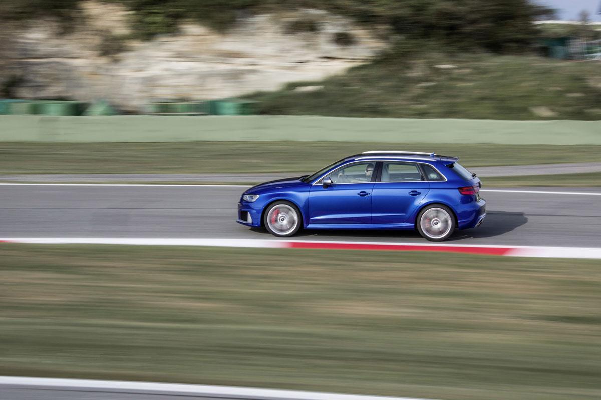 Audi RS3 Sportback 2015 (34)