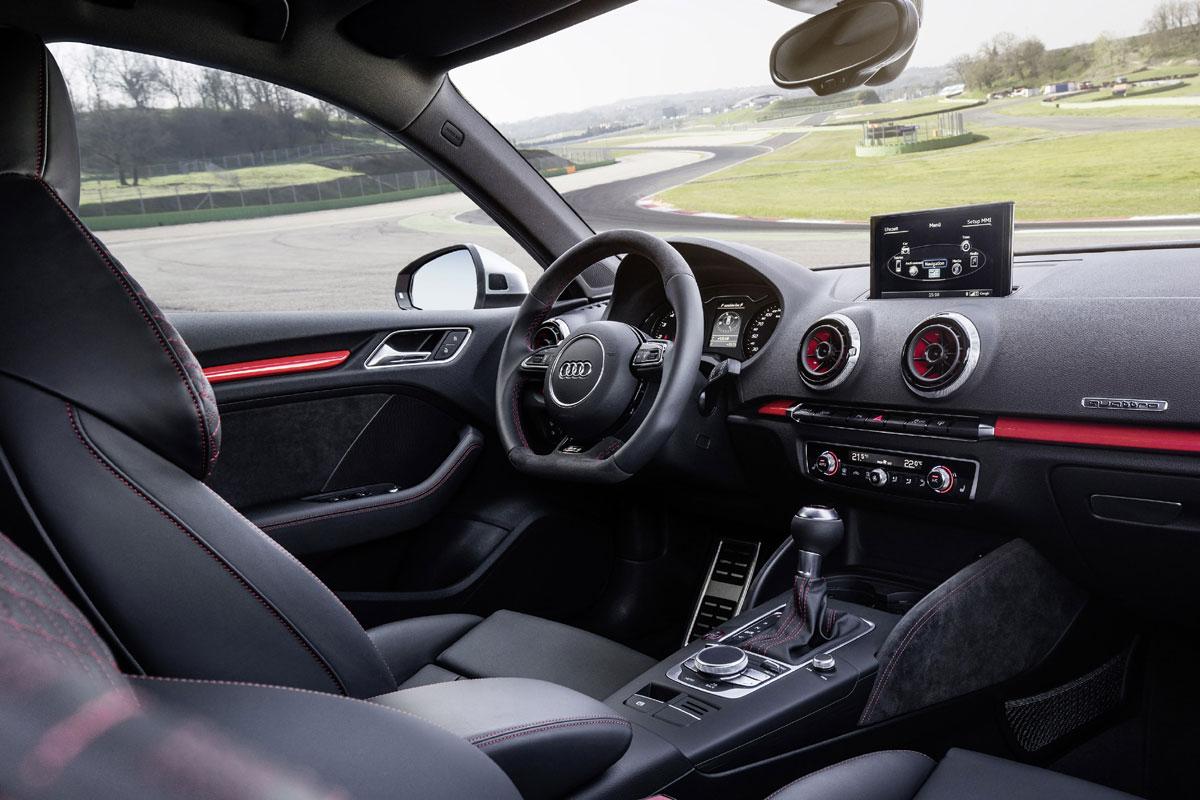 Audi RS3 Sportback 2015 (35)