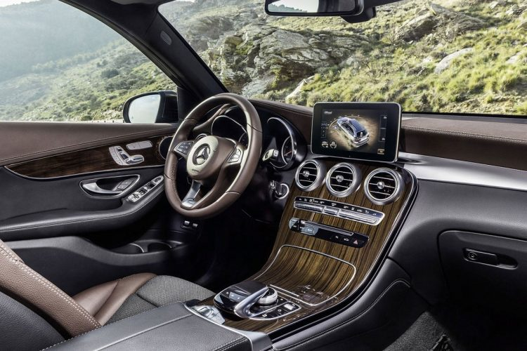 Mercedes-GLC-2015-(43)