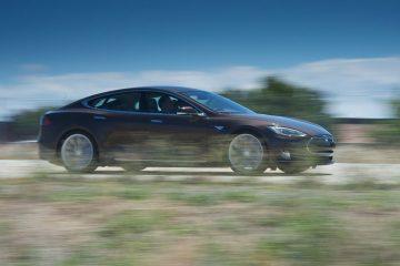 Tesla-Model-S-2013-(29)