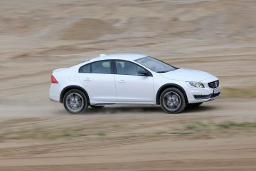 165954_Volvo_S60_Cross_Coun