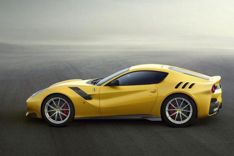 Ferrari F12tdf 2015 (3)