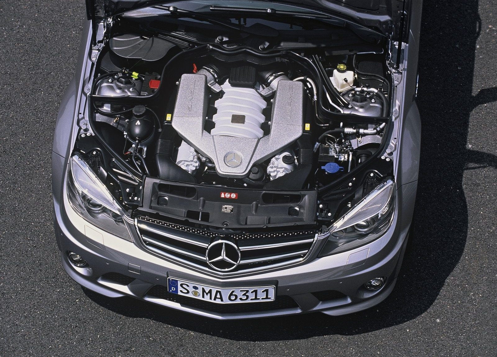 Mercedes-Benz-C63_AMG_2008_1600x1200_wallpaper_67