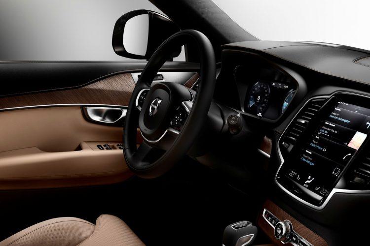 Volvo-XC90-2015-(30)