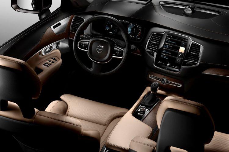 Volvo-XC90-2015-(31)