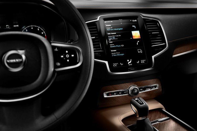 Volvo-XC90-2015-(33)