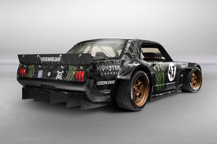 Ken-Block-Ford-Mustang-(8)