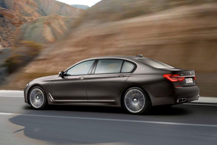 BMW-M760Li_xDrive-(16)
