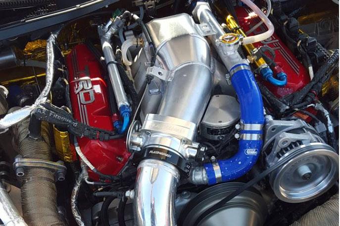 Lexus-LFA-V8-1