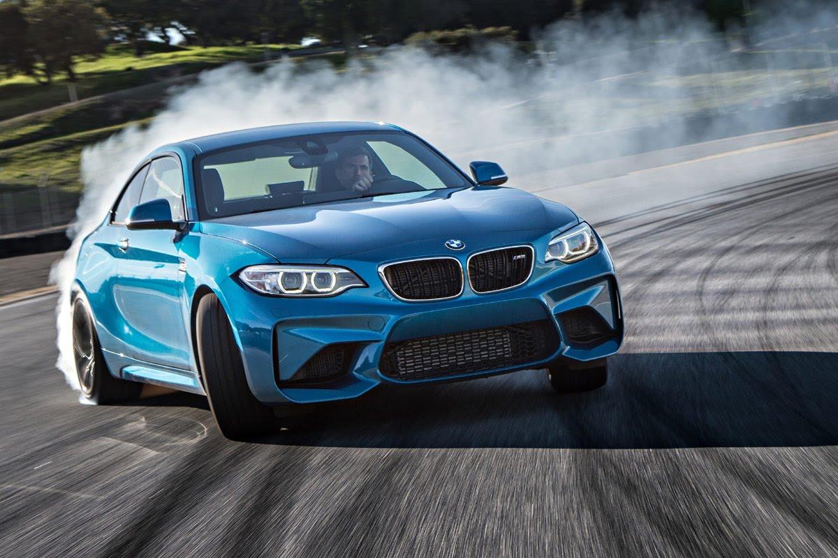 BMW M2 Coupé: Neue Bilder und Videos vom knackigen Bayern