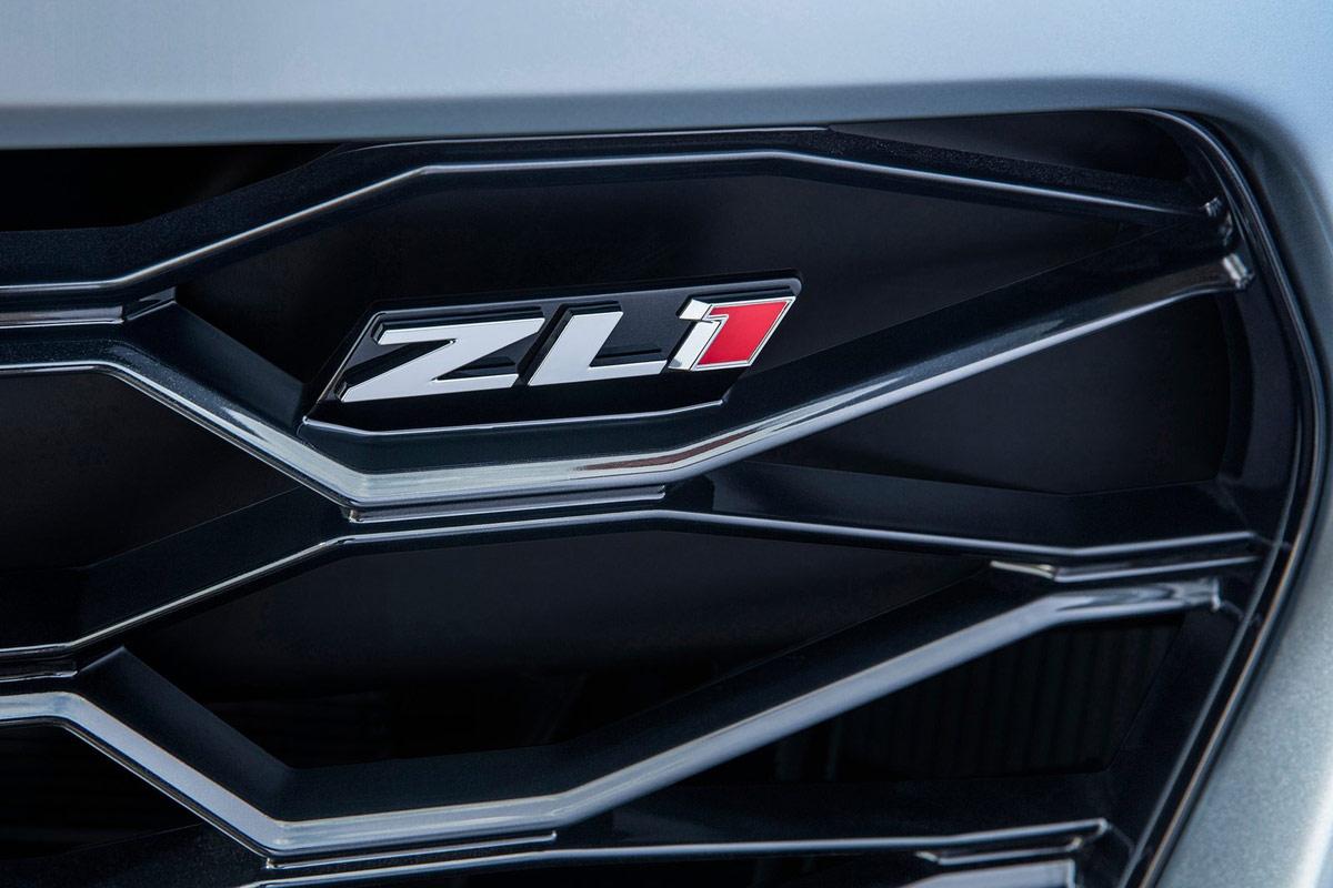 Chevrolet-Camaro_ZL1-(1)