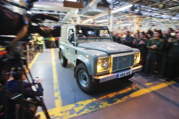 Land-Rover-Defender-(14)