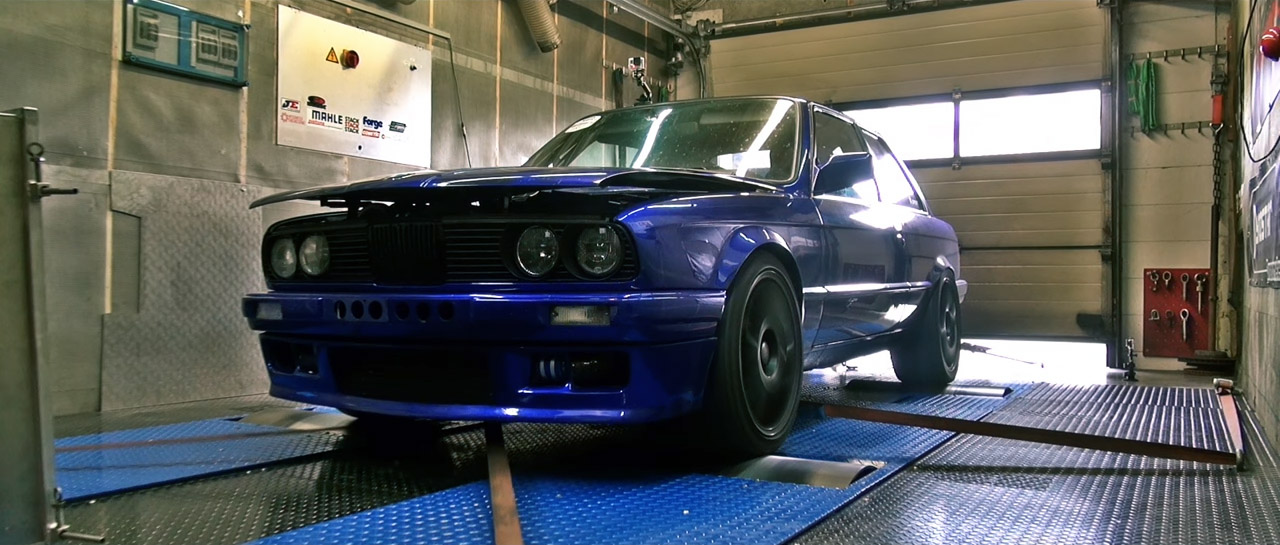 BMW-E30-with-1225-HP-S38-I6-01
