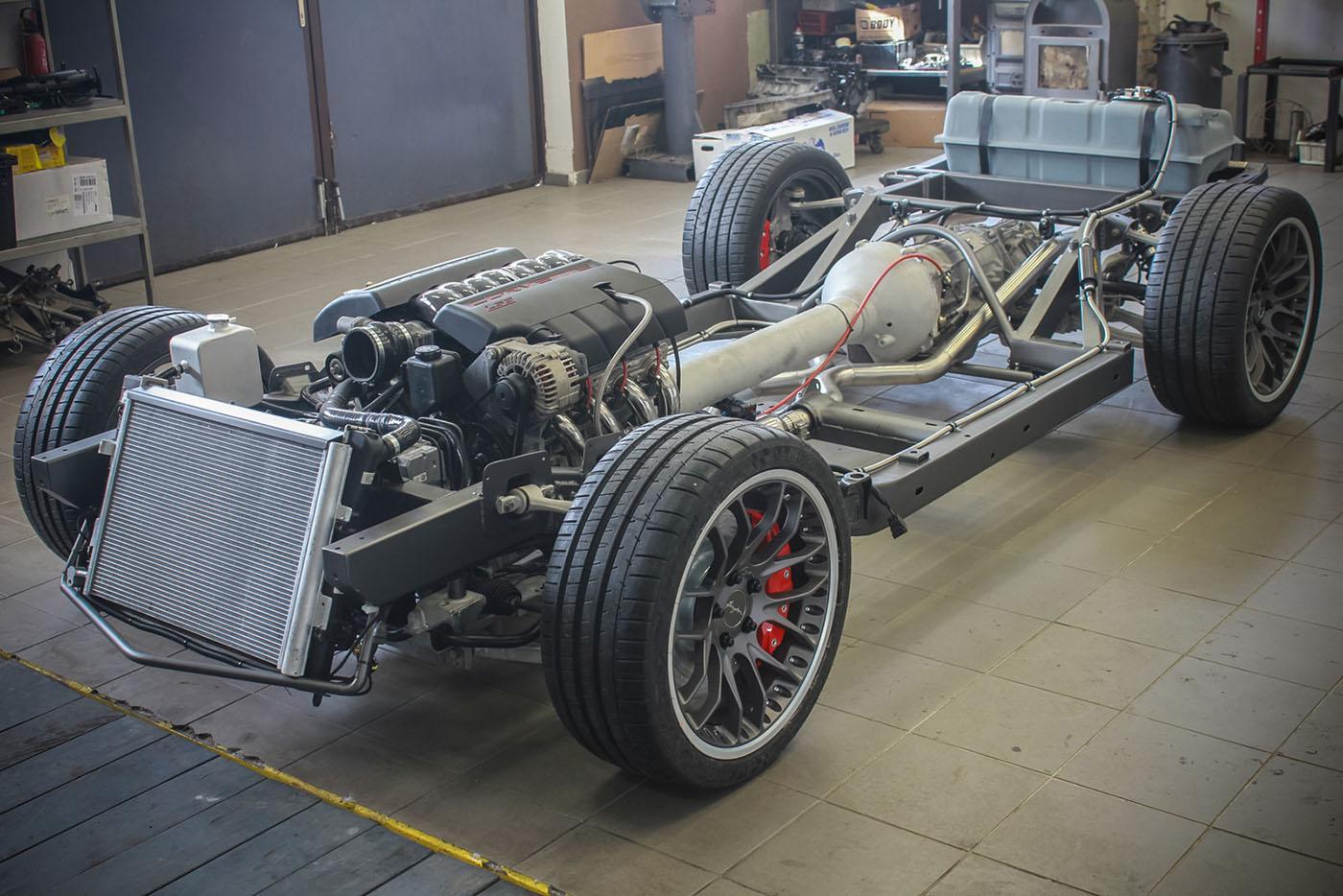 HEB-C3-Corvette-with-a-C6-Powertrain-LS3-08