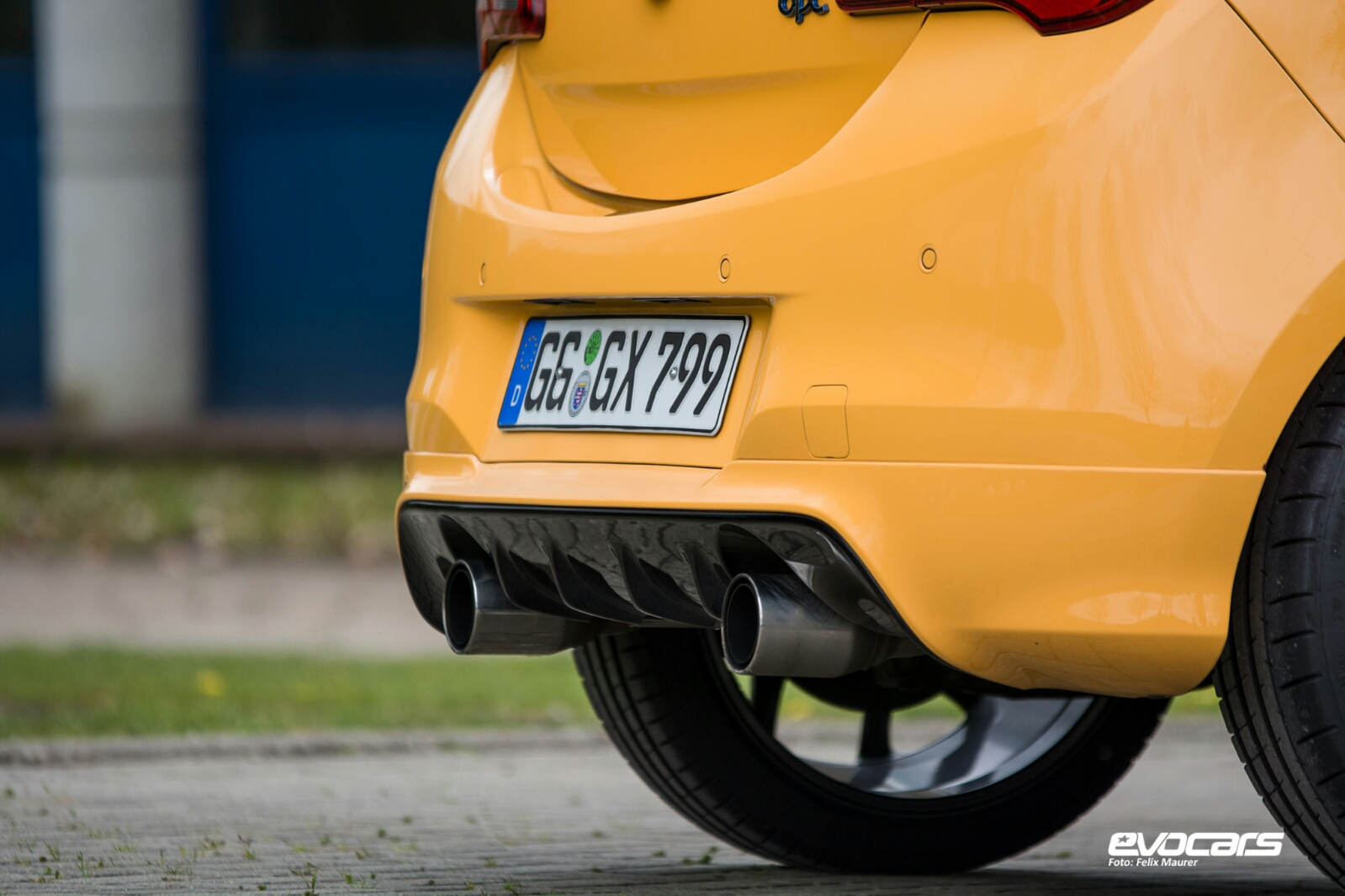 Opel Corsa OPC 2016 11
