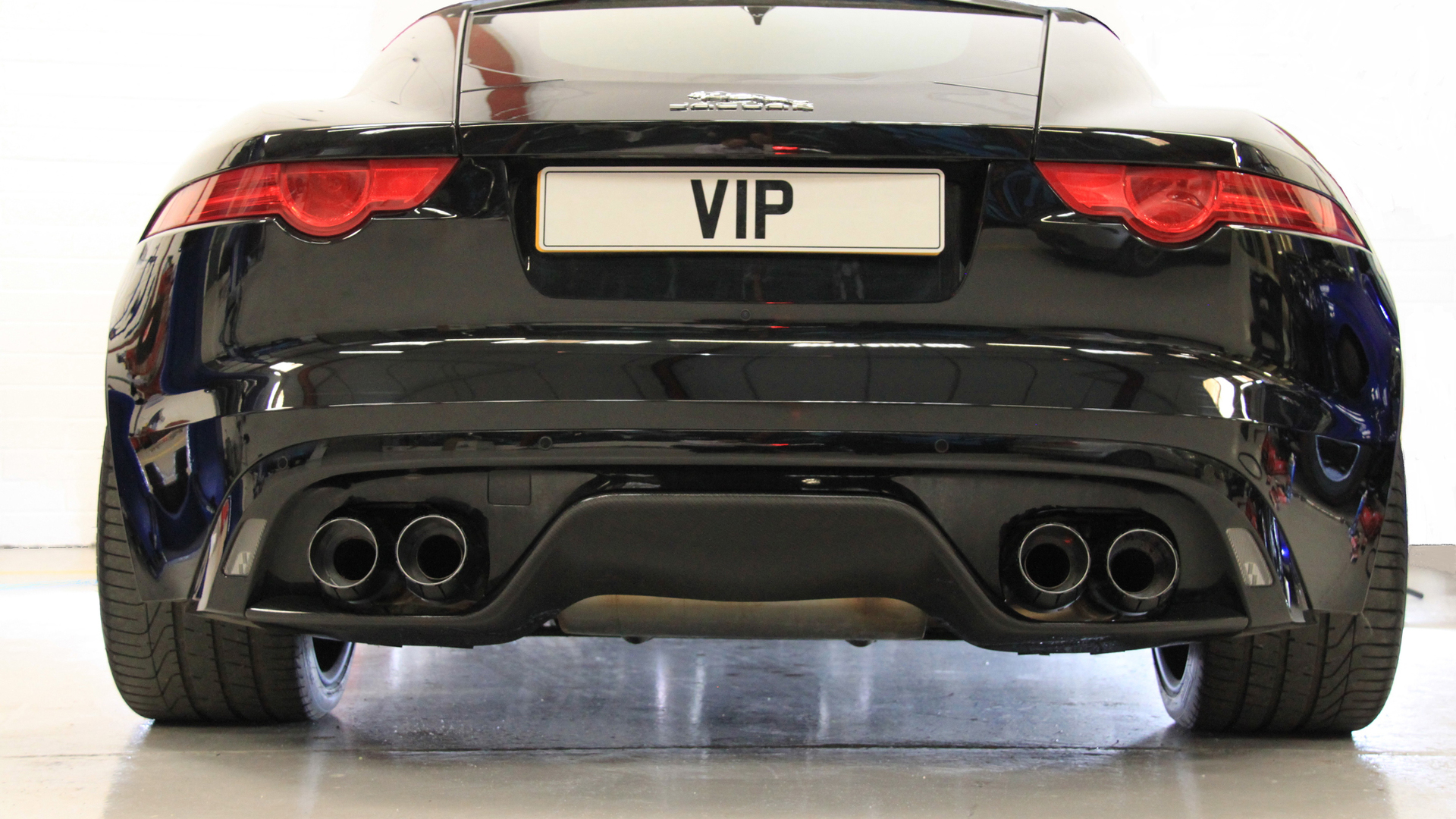 jaguar-f-type-r-coupe-by-vip-design12